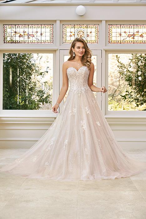 Y11940 Wedding                                          dress by Sophia Tolli