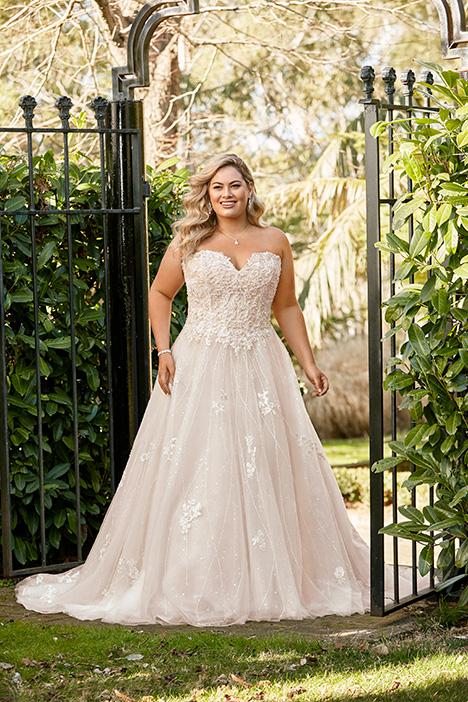 Y11940 + Wedding                                          dress by Sophia Tolli
