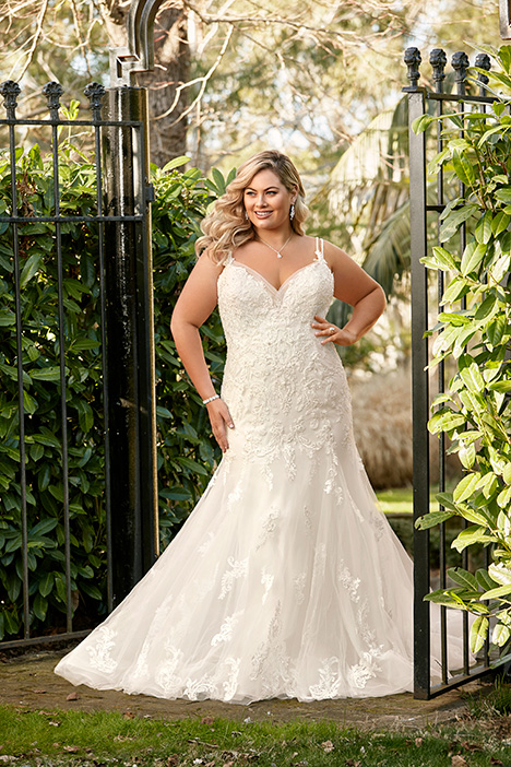 Y11957 + gown from the 2019 Sophia Tolli collection, as seen on dressfinder.ca