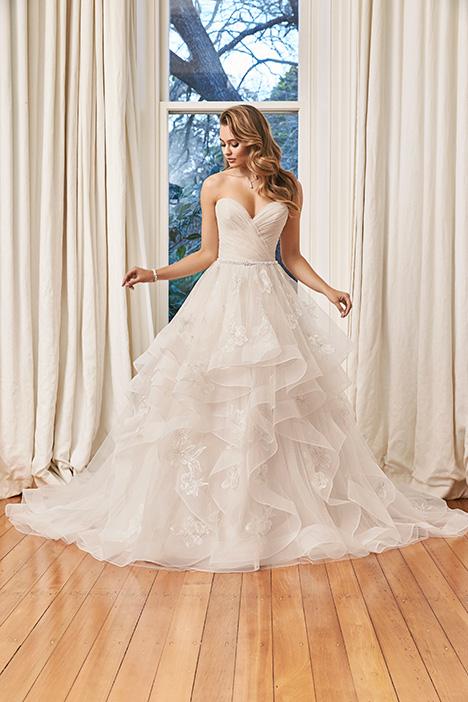 Y11958 Wedding                                          dress by Sophia Tolli