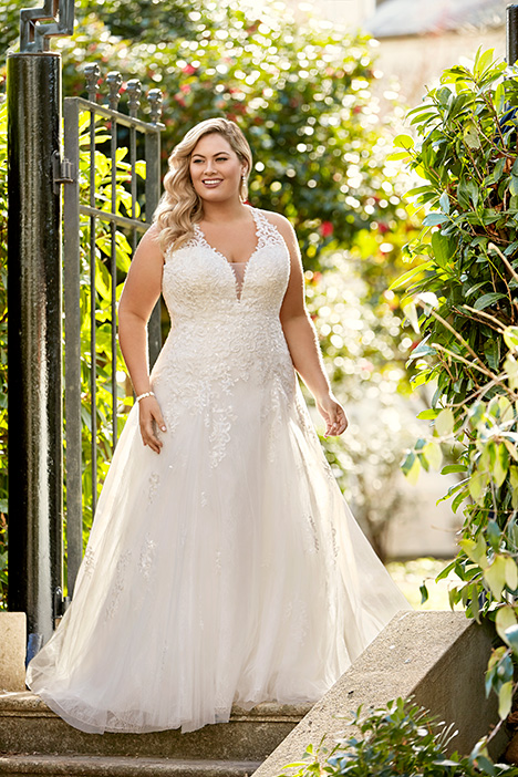 Y11963 + Wedding                                          dress by Sophia Tolli