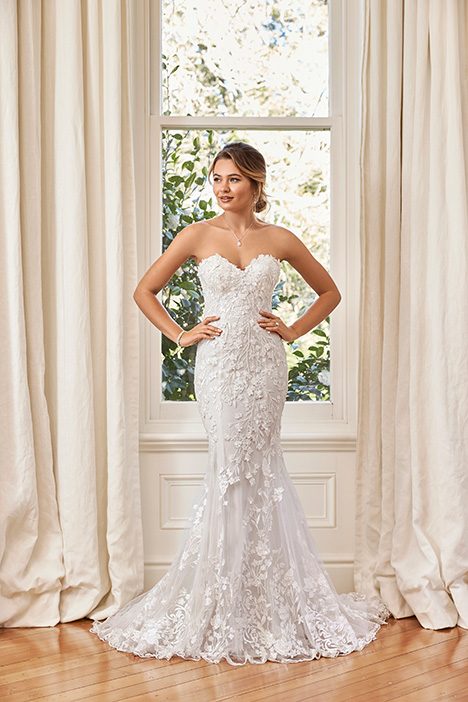Y11964 gown from the 2019 Sophia Tolli collection, as seen on dressfinder.ca