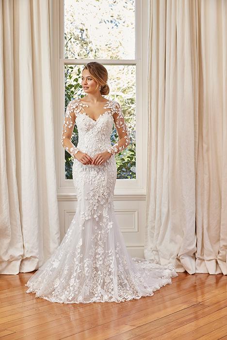 Y11964 (2) Wedding                                          dress by Sophia Tolli