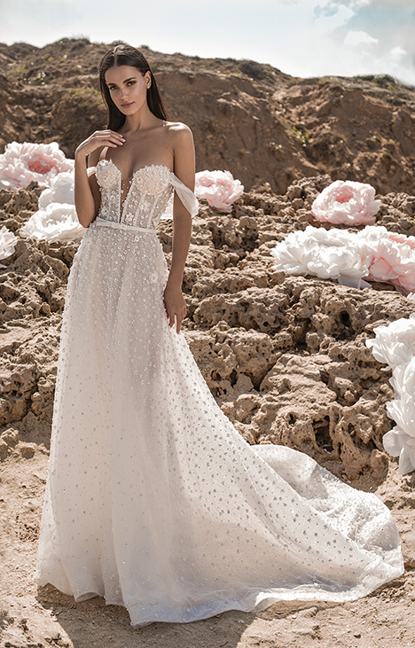 Noelle Wedding                                          dress by Lee Petra Grebenau