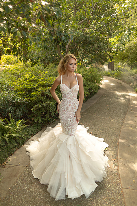 Fame Wedding dress by Naama Anat