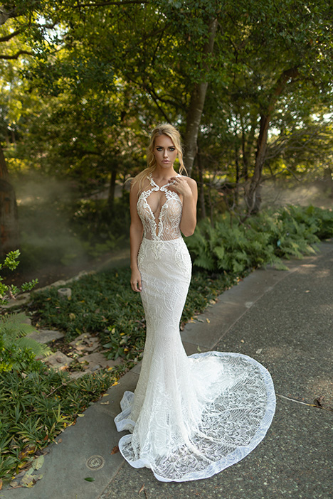 Stylish Wedding                                          dress by Naama Anat