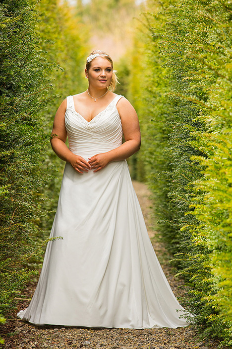 BBP17515 Wedding dress by Bridalane: Beautiful Brides Plus