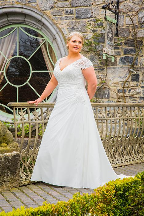 BBP18707 Wedding                                          dress by Bridalane: Beautiful Brides Plus
