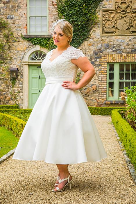 BBP18724 Wedding                                          dress by Bridalane: Beautiful Brides Plus