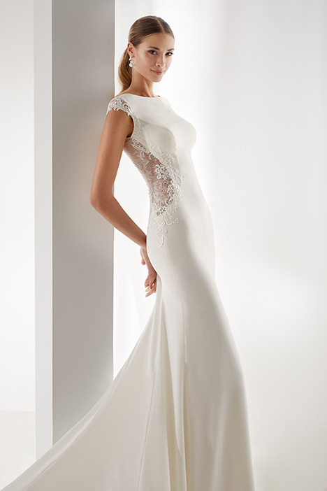 AUAB19963 Wedding dress by Aurora