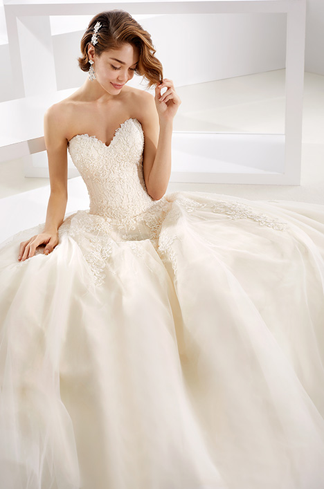 JOAB19421 Wedding                                          dress by Jolies