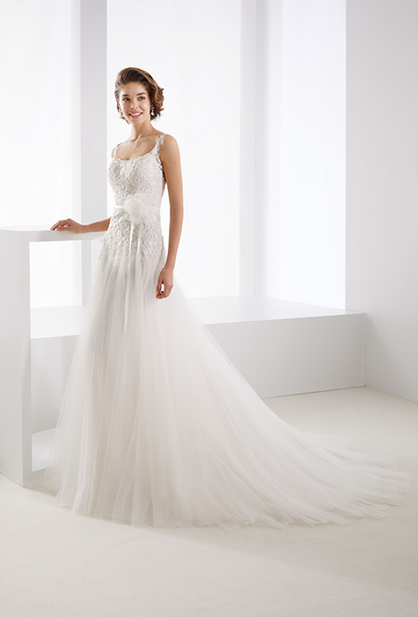 JOAB19469 gown from the 2019 Jolies collection, as seen on dressfinder.ca