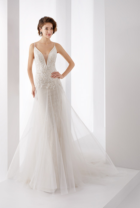 JOAB19470 gown from the 2019 Jolies collection, as seen on dressfinder.ca