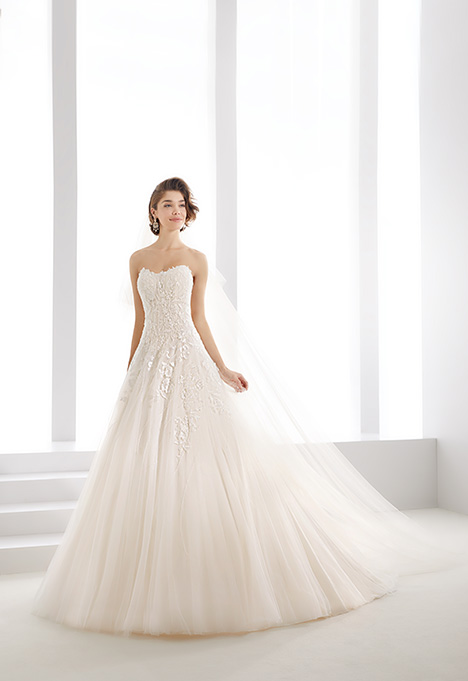 JOAB19480 gown from the 2019 Jolies collection, as seen on dressfinder.ca