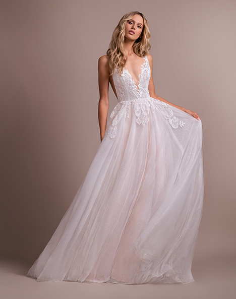 Nash (6904) gown from the 2019 Hayley Paige collection, as seen on dressfinder.ca