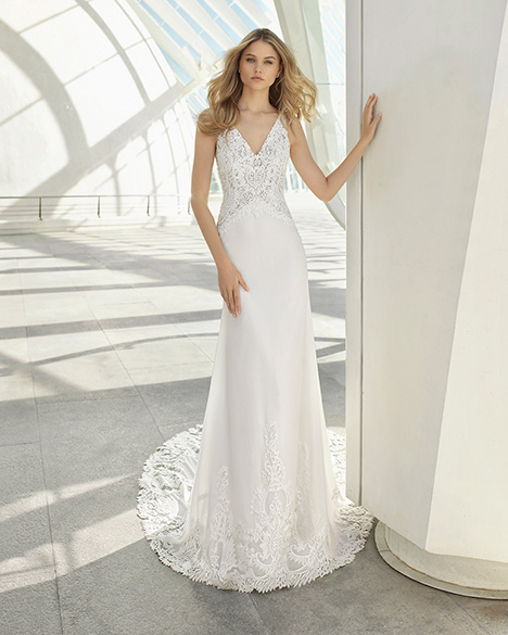 DACI (3A101) Wedding                                          dress by Rosa Clara