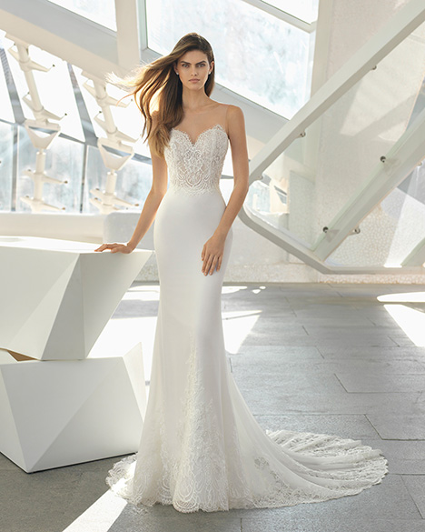 DAISY (3A103) Wedding                                          dress by Rosa Clara