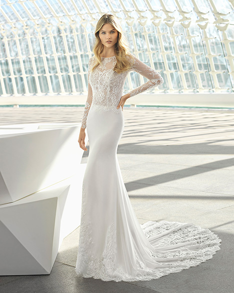 DALILA (3A106) Wedding                                          dress by Rosa Clara