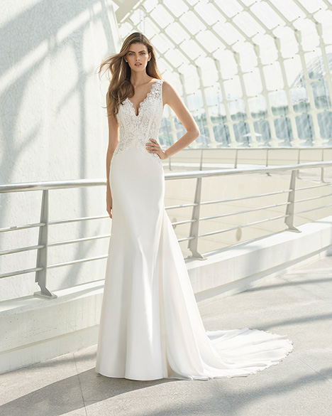 DALMA (3A107) Wedding                                          dress by Rosa Clara