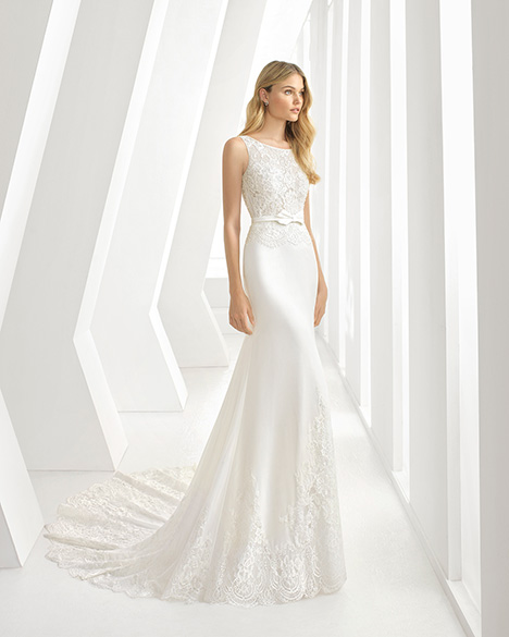 DAMASO (3A110) Wedding                                          dress by Rosa Clara