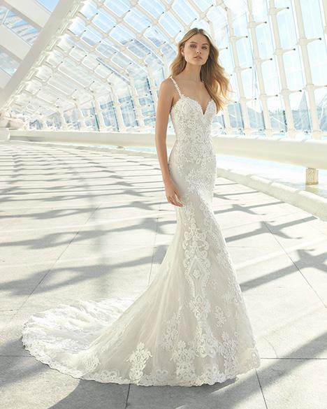 DARIC (3A123) Wedding                                          dress by Rosa Clara