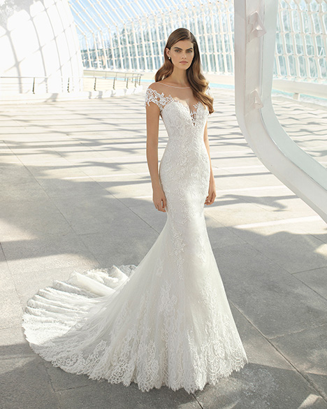DARLING (3A126) Wedding                                          dress by Rosa Clara
