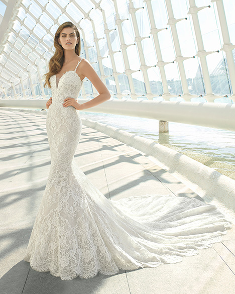 DATON (3A130) Wedding                                          dress by Rosa Clara