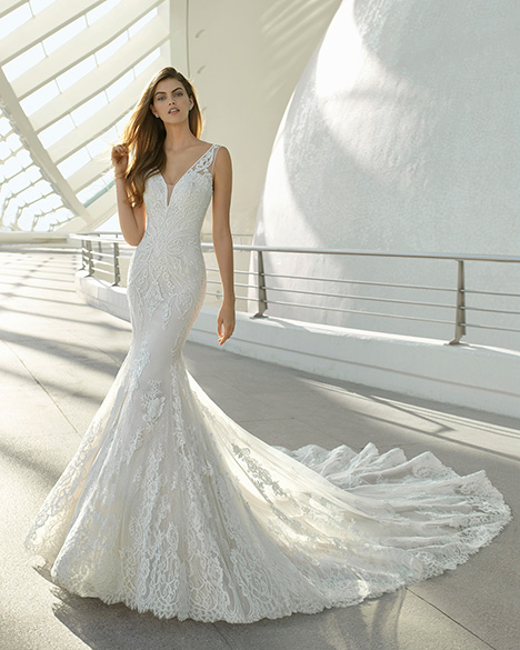 DAYANA (3A137) Wedding                                          dress by Rosa Clara