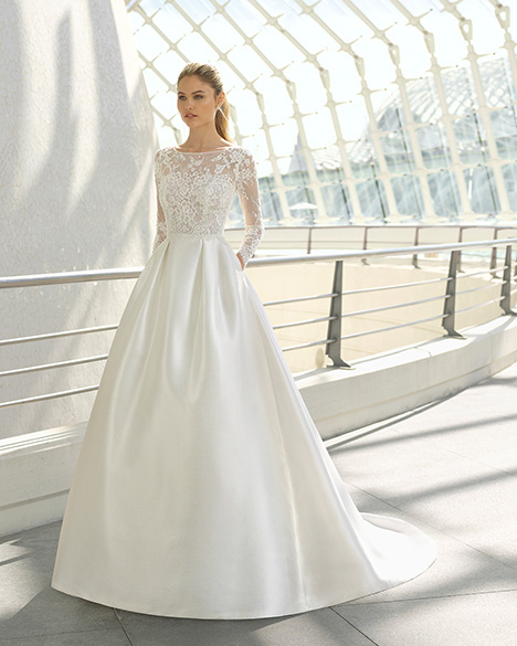 DORINE (3A1A7) Wedding                                          dress by Rosa Clara