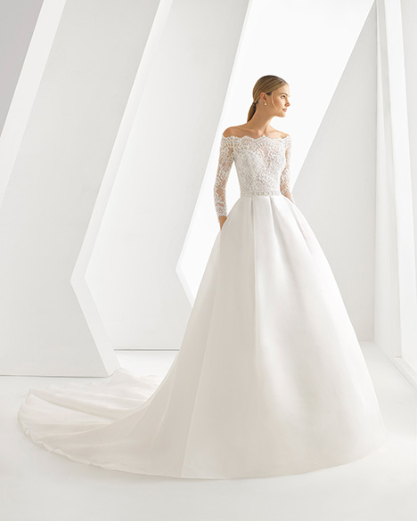 DRAKE (3A1B6) Wedding dress by Rosa Clara