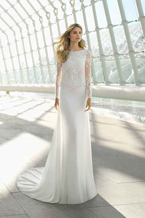 DANE (3A215) Wedding                                          dress by Rosa Clara