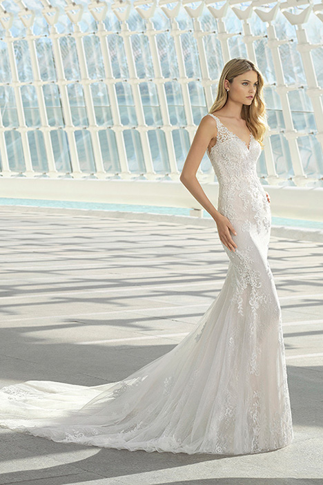 DARNELL (3A227) Wedding                                          dress by Rosa Clara