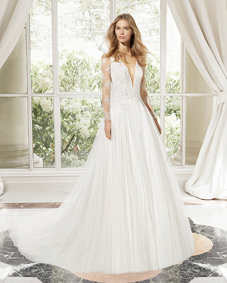 MAJESTIC (31113) Wedding                                          dress by Rosa Clara Couture