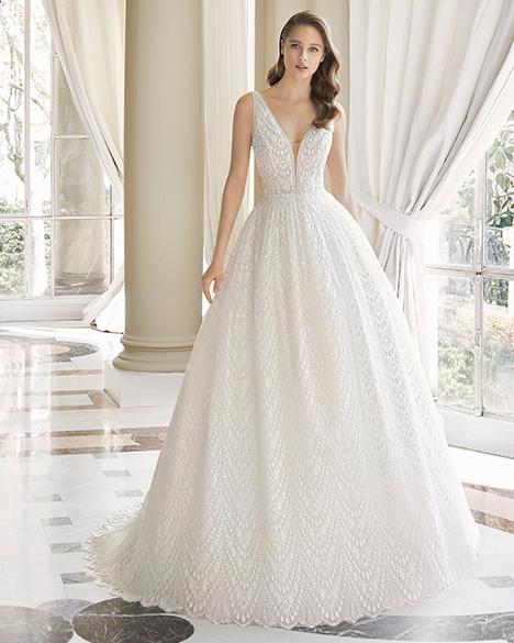 MARIOLA (31140) Wedding                                          dress by Rosa Clara Couture