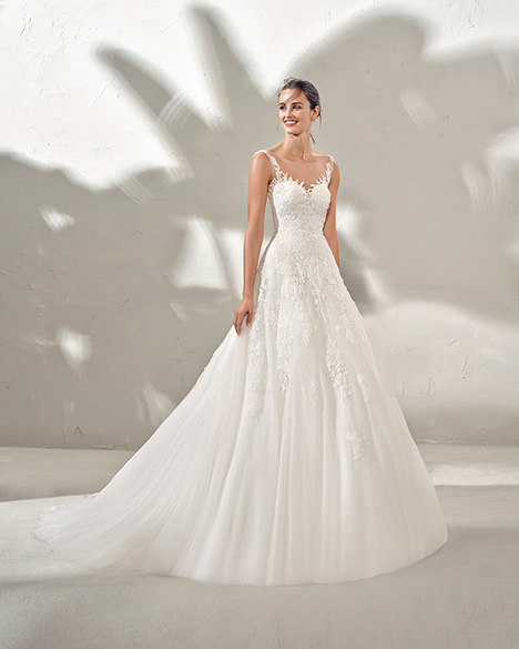 FIEL (3N130) Wedding dress by Adriana Alier