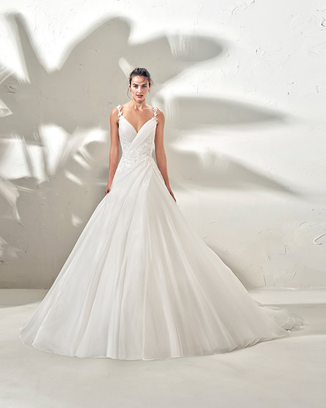 FRISCO (3N154) Wedding                                          dress by Adriana Alier