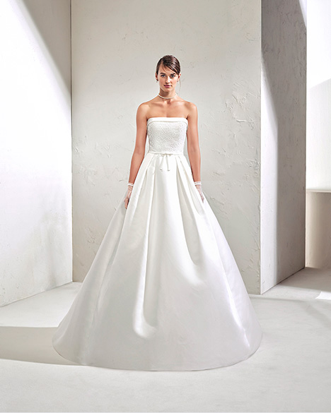 FUGOL (3N163) Wedding dress by Adriana Alier