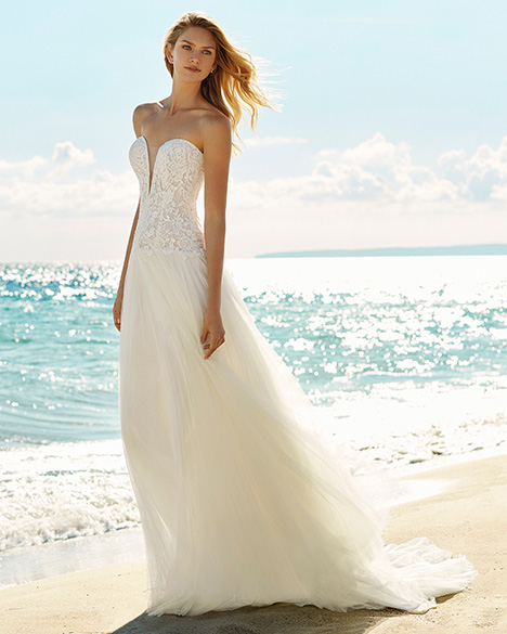 GIANNA Wedding                                          dress by Aire Barcelona Beach Wedding