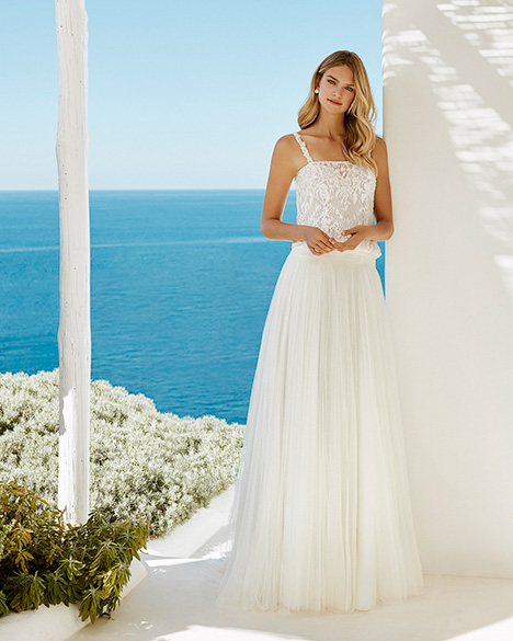 GILMORE gown from the 2019 Aire Barcelona Beach Wedding collection, as seen on dressfinder.ca