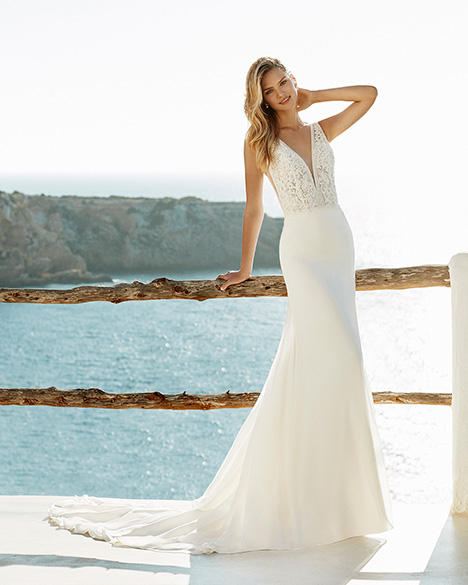 GIOIA Wedding                                          dress by Aire Barcelona Beach Wedding