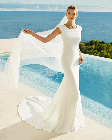 GREYSI Wedding                                          dress by Aire Barcelona Beach Wedding