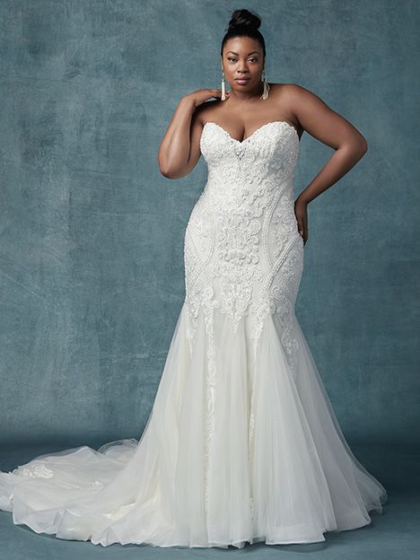 Quincy (Curve) (2) gown from the 2019 Maggie Sottero collection, as seen on dressfinder.ca