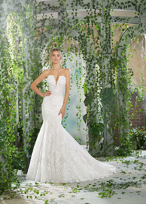 1723 Wedding                                          dress by Morilee AF Couture