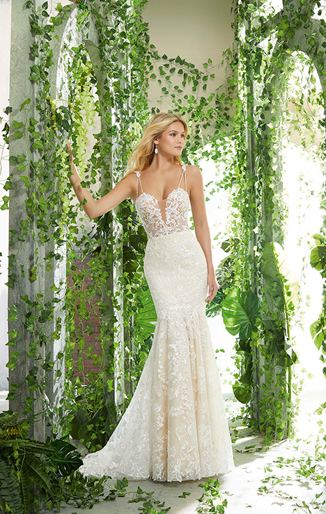 Style 6908 gown from the 2019 Morilee Voyagé collection, as seen on dressfinder.ca