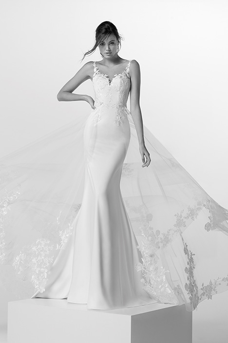 ARAB19729 gown from the 2019 Alessandra Rinaudo collection, as seen on dressfinder.ca