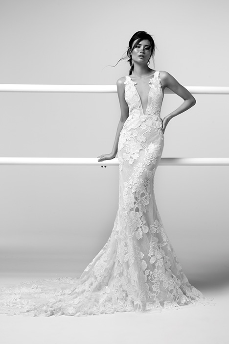 ARAB19754 gown from the 2019 Alessandra Rinaudo collection, as seen on dressfinder.ca
