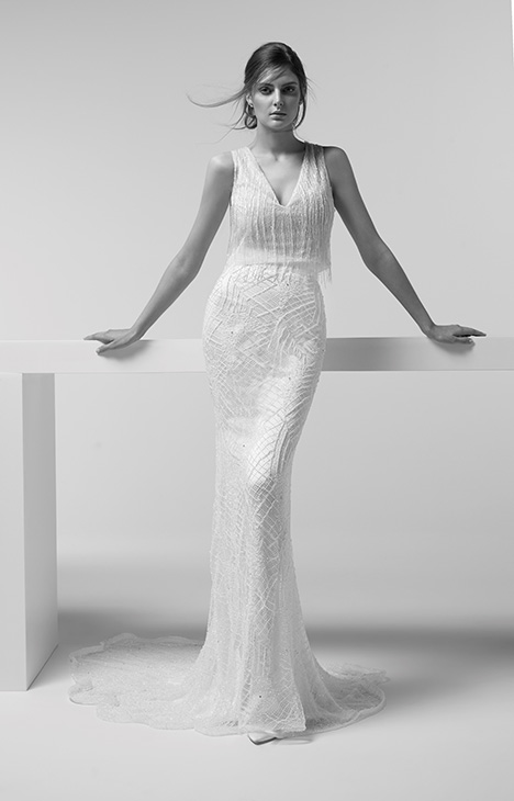 ARTP19744 + ARSK19744 gown from the 2019 Alessandra Rinaudo collection, as seen on dressfinder.ca
