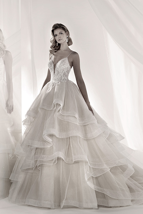 LXAB19015 Wedding                                          dress by Luxury