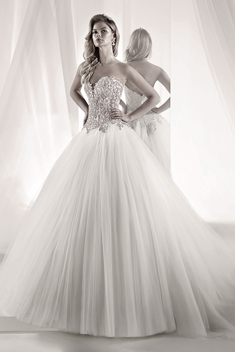 LXAB19018 Wedding                                          dress by Luxury
