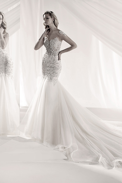LXAB19027 Wedding                                          dress by Luxury